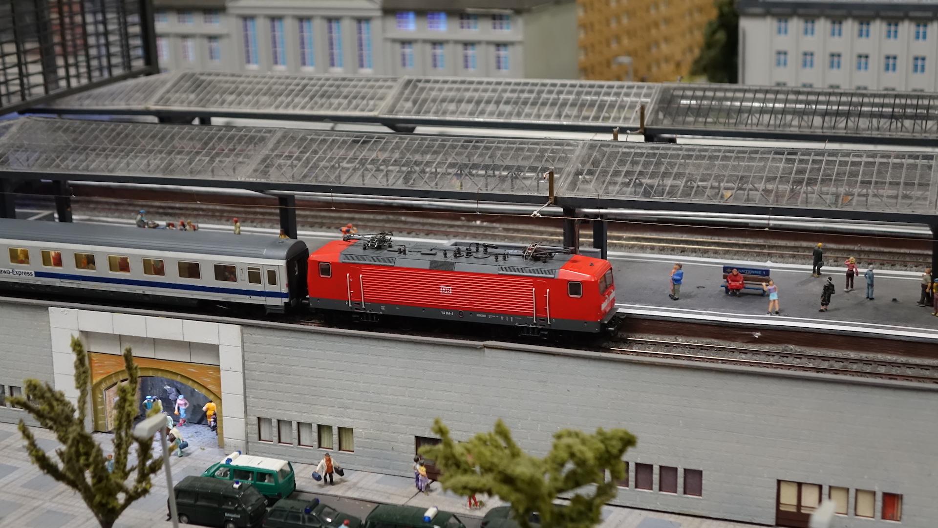 17_04_30_Miniaturwelten-Loox-Berlin_039