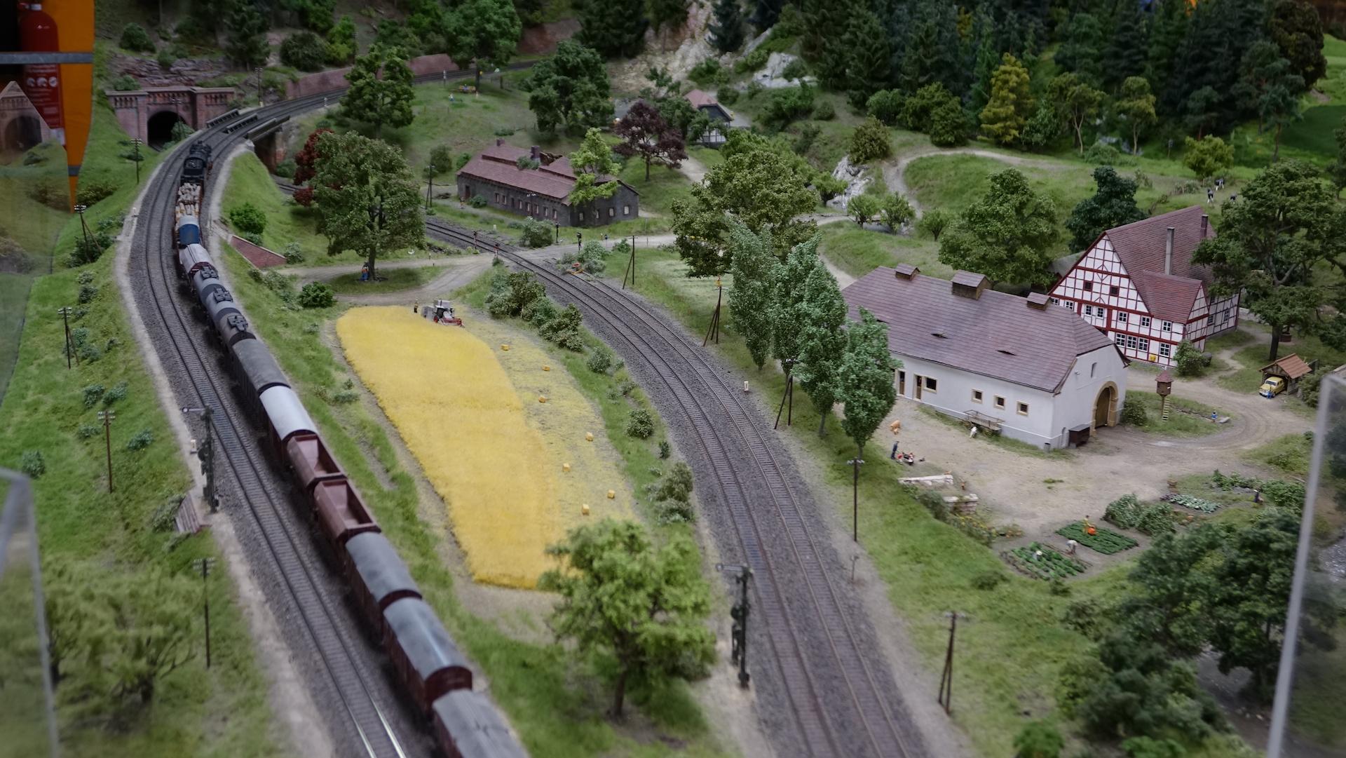 17_06_04_Modellbundesbahn_001