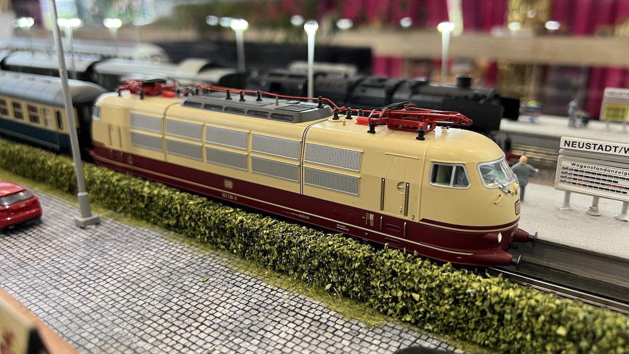 21_10_16_Modellbautage-Wathlingen_010